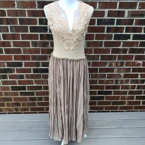 O2 Collection Maxi Dress Size Medium